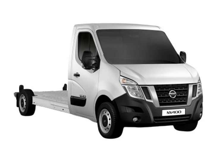 Nissan NV400 HGV L3 45TW RWD 2.3 dCi DRW 145PS SE Chassis Cab Manual [Start Stop] front view