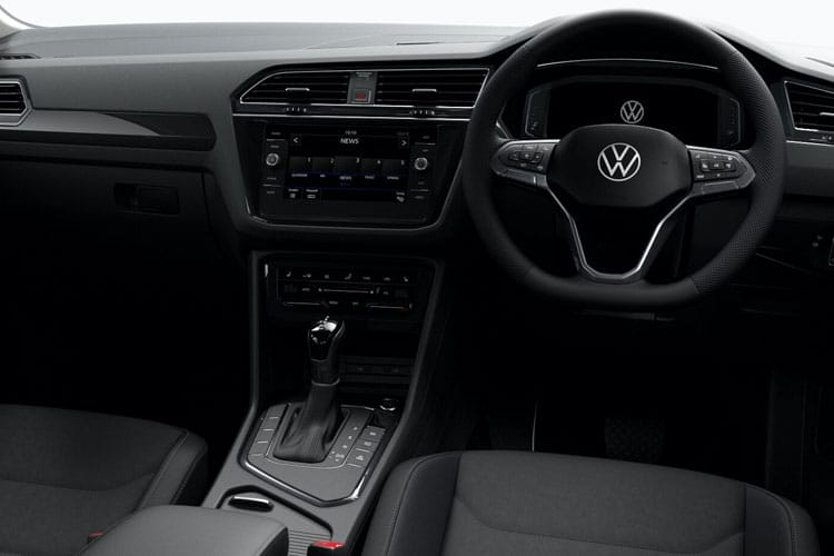 Volkswagen Tiguan SUV 2wd SWB 2.0 TDI 150PS Life 5Dr DSG [Start Stop] inside view